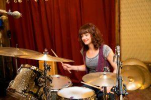 rsz_1rsz_1rsz_1girl-drums